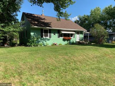 Mora Single Family Home For Sale: 530 Park Street S
