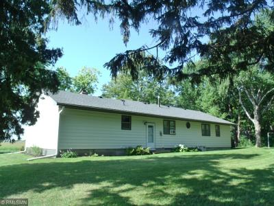 McLeod County Single Family Home For Sale: 4423 80th Street