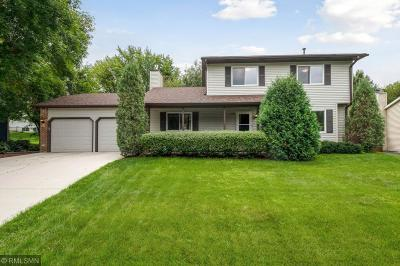White Bear Lake Single Family Home For Sale: 2790 Riviera Drive N