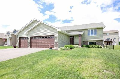 Delano Single Family Home For Sale: 271 Greenway Drive