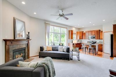 Plymouth Condo/Townhouse For Sale: 16612 50th Court N