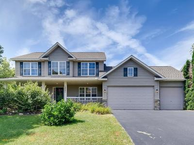 Lakeville Single Family Home For Sale: 18841 Iroquois Way