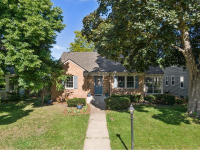 Minneapolis Single Family Home For Sale: 5531 Richmond Curve