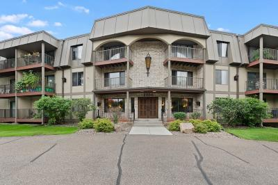 Saint Louis Park Condo/Townhouse For Sale: 2200 Nevada Avenue S #104