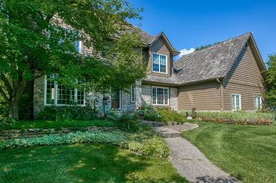 Eden Prairie Single Family Home For Sale: 11018 Bluestem Lane