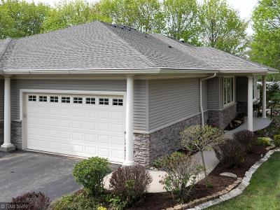 White Bear Lake Condo/Townhouse For Sale: 2505 Skyblue Court