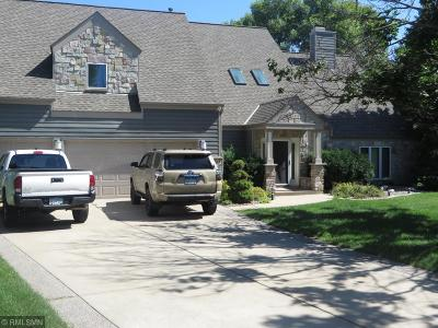 Bloomington Single Family Home For Sale: 5304 River Bluff Circle