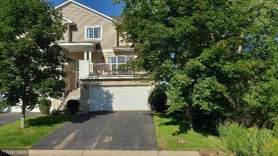 Lakeville Condo/Townhouse For Sale: 18630 Jonesboro Court #105