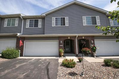 Prior Lake Condo/Townhouse Contingent: 15553 Brookside Lane NW