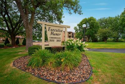 Roseville Condo/Townhouse For Sale: 3155 Old Highway 8 #208