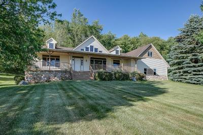 Menomonie Single Family Home For Sale: N4946 577th Street
