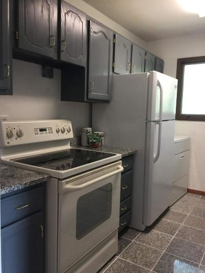 Anoka County, Carver County, Chisago County, Dakota County, Hennepin County, Ramsey County, Sherburne County, Washington County, Wright County Condo/Townhouse For Sale: 6438 84th Court N