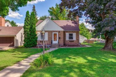 Robbinsdale Single Family Home For Sale: 3256 Drew Avenue N