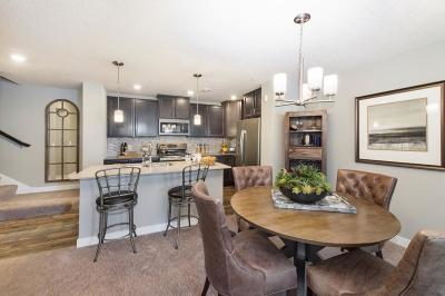 Rogers Condo/Townhouse For Sale: 11561 Boulder Court