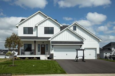 Lakeville Single Family Home For Sale: 17915 Evening Lane
