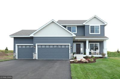 Lakeville Single Family Home For Sale: 17903 Evening Lane