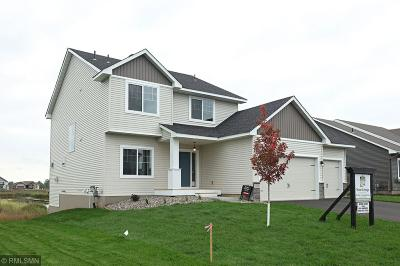 Lakeville MN Single Family Home For Sale: $456,900