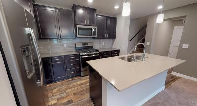 Rogers Condo/Townhouse For Sale: 19510 Butternut Court
