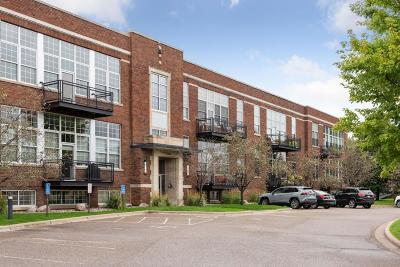 Saint Louis Park Condo/Townhouse For Sale: 4100 Vernon Avenue S #112