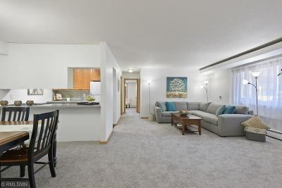 Hennepin County Condo/Townhouse For Sale: 5410 Three Points Boulevard #416