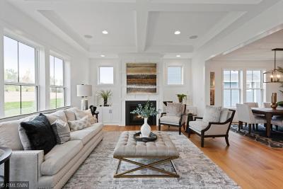 Lakeville Single Family Home For Sale: 16220 Draft Horse Boulevard