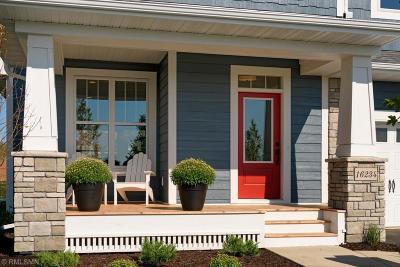 Lakeville Single Family Home For Sale: 16234 Draft Horse Boulevard
