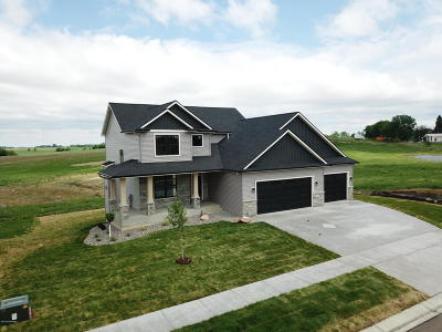 Byron Single Family Home For Sale: 748 Grand Ridge Drive NE