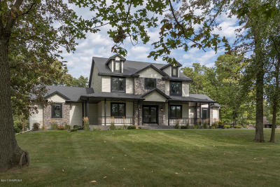 Stewartville Single Family Home For Sale: 5087 Hidden Valley Lane SW