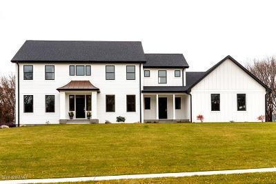 Rochester Single Family Home For Sale: 2868 Sherburn Lane SW