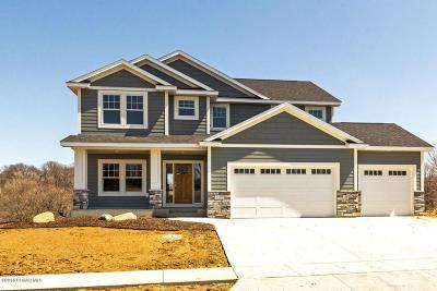 Rochester Single Family Home For Sale: 2439 Fieldstone Road SW