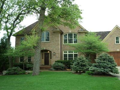 Rochester Single Family Home For Sale: 1445 Bell Oaks Lane SW