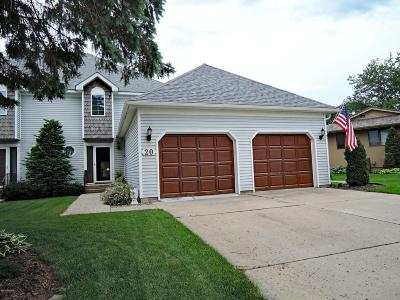 Faribault Single Family Home For Sale: 20 Greenhaven Bay