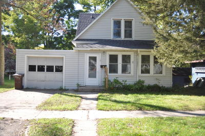 Clara City, Montevideo, Dawson, Madison, Marshall, Appleton Single Family Home For Sale: 107 S 11th Street