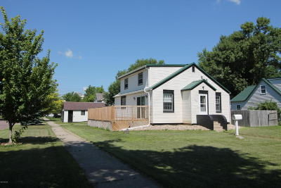 Benson Single Family Home For Sale: 301 10th Street N
