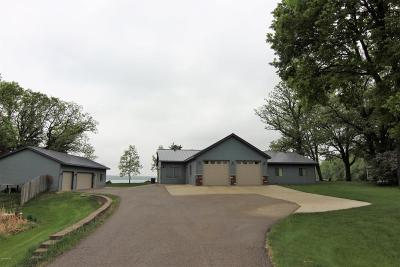 New London Single Family Home For Sale: 22084 County Road 5 NW