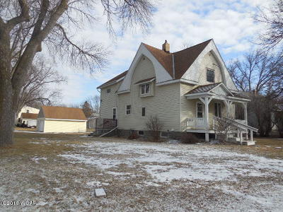 Willmar Single Family Home For Sale: 1103 5th Street SW