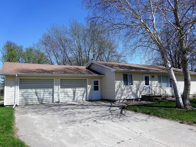 Wood Lake Single Family Home For Sale: 23 3rd Street