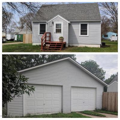 Pennock Single Family Home For Sale: 214 4th Street NE