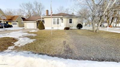 Kandiyohi Single Family Home Contingent: 253 N 5th Street