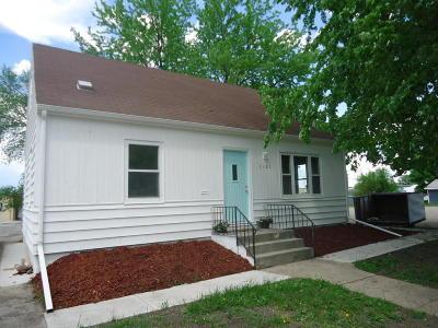 Willmar Single Family Home For Sale: 1121 Elizabeth Avenue SE
