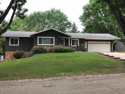 Willmar Single Family Home For Sale: 1212 11 Street SE