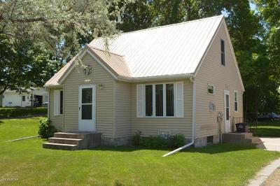 Willmar Single Family Home Contingent: 2205 Gorton Avenue NW