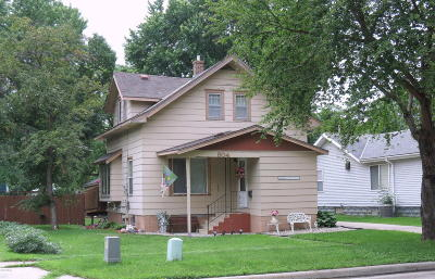 Willmar Single Family Home For Sale: 904 3rd Street SW