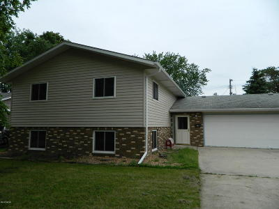 Granite Falls MN Single Family Home For Sale: $150,000