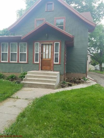 Willmar Single Family Home For Sale: 816 3rd Street SE