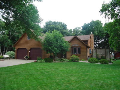 Willmar Single Family Home For Sale: 2708 13th Avenue NW