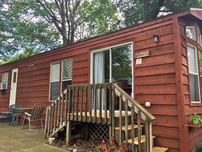 New London Single Family Home For Sale: 18986 NW Co Rd 5 Unit 5 #Lakeview