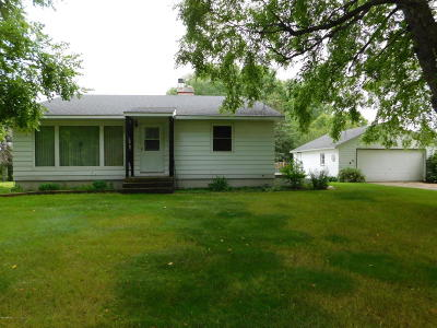Benson Single Family Home For Sale: 295 NE Hwy 29