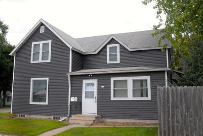 Appleton Single Family Home For Sale: 150 Herring Street N