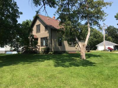 Pennock Single Family Home For Sale: 209 Atlantic Avenue NE